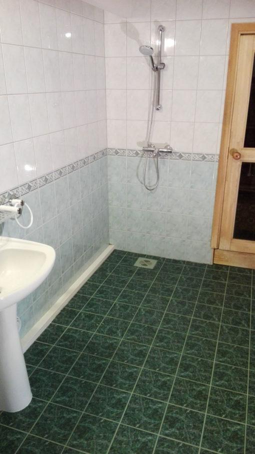 Katlakivita vannituba puhastatud